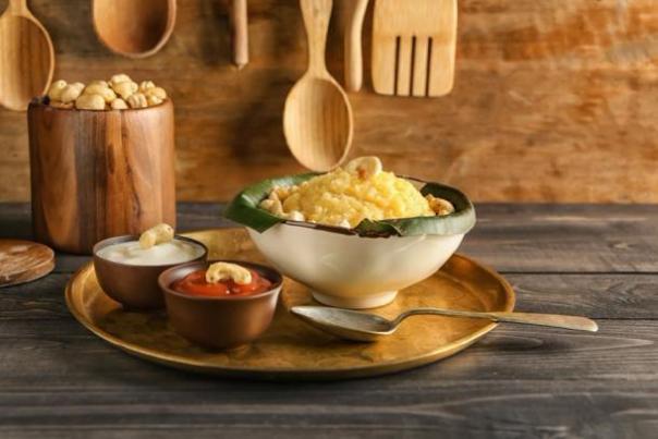 Plato de arroz tradicional elaborado para el Festival de Pongal. (Pixel-Shot / Adobe stock)
