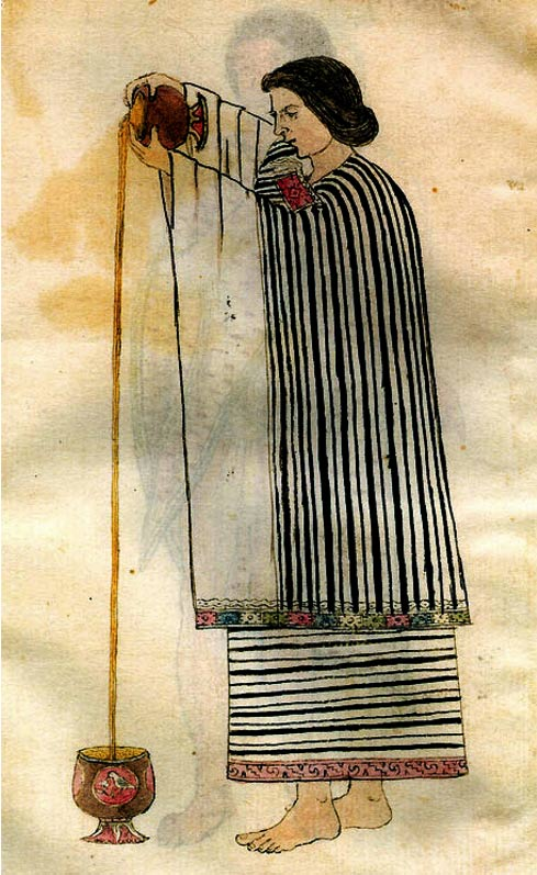 Una donna Aztec preparazione della bevanda di cacao. Il liquido è stato versato da un'altezza di creare una schiuma o schiuma sopra.