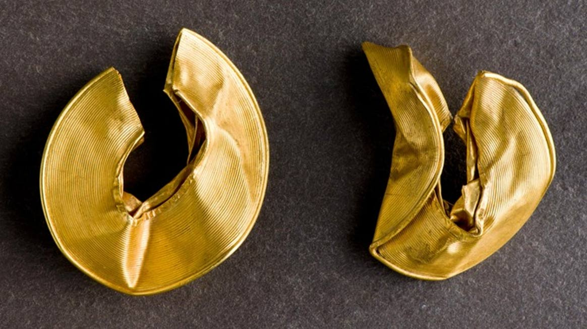 Bronze Age Gold Rings Of A High Status Person Found In
