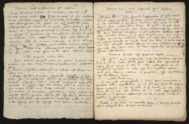 Newton's 17th century manuscript with text copied from an American alchemist's writings, as well as descriptions of one of Newton's own experiments.