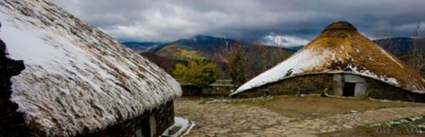Palloza casas en el este de Galicia, una forma evolucionada de las casas de máquinas locales Edad del Hierro.