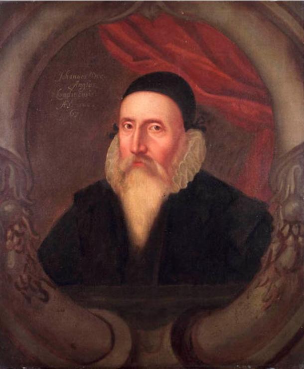 Ritratto di John Dee dipinto nel corso del XVI secolo di autore ignoto.  Si è preso dal National Maritime Museum di Greenwich.  1609