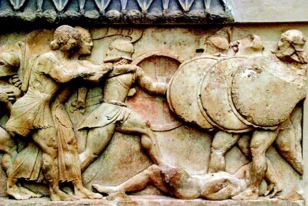 Relief depicting the Battle of Marathon - Las armas y las tácticas cambian, pero el resto se remonta milenios