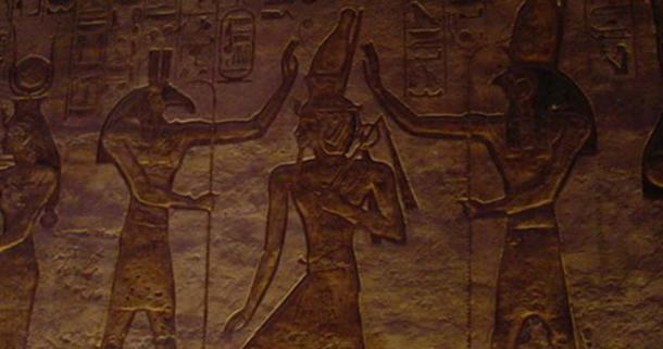 Seth (Set) Gauche, et Horus.  (Niedlich, S / CC BY SA 2.0)