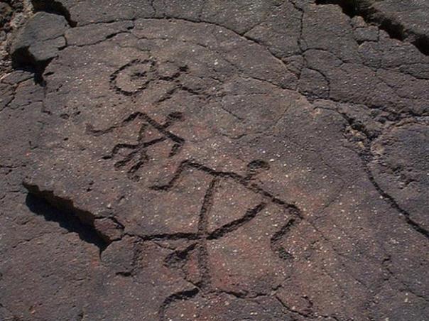 Algunos petroglifos de Hawai.