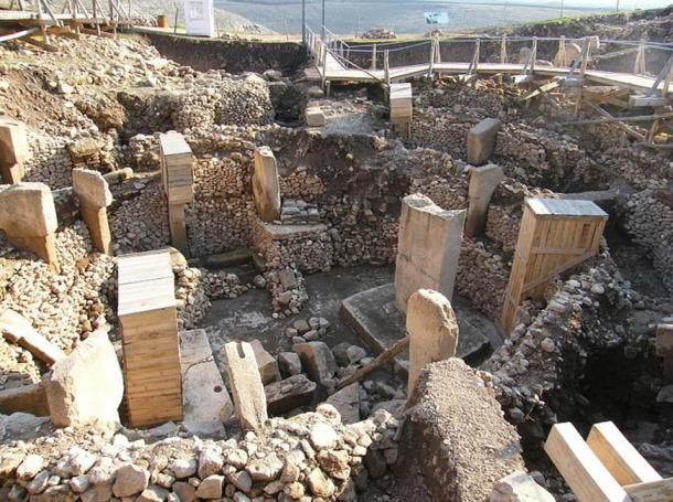 Le rovine di Göbeklitepe in Turchia, il più antico tempio del mondo.  Che cosa significano queste pietre misteriose comunicano con noi circa il passato molto antico?