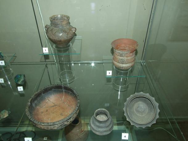 Various peoples left their mark with distinctive artifacts, which used to be how migrations were studied. Now with isotope and DNA analysis, scientists are getting a better picture of how prehistoric peoples moved around the globe. This photo shows the pottery of the Bell Beaker people of central Europe.