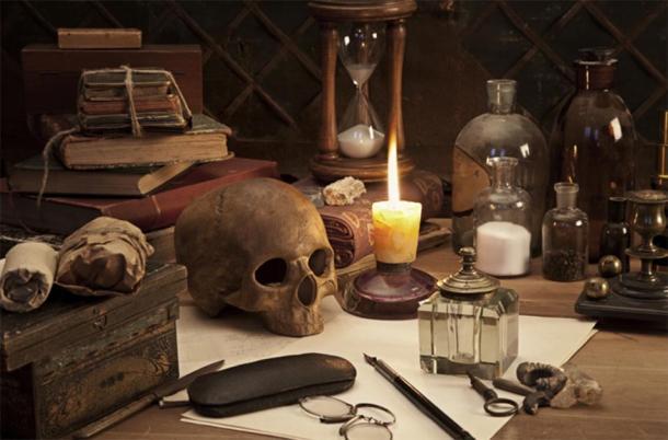 Alchemy still life (Alexey Kuznetsov/Adobe Stock)