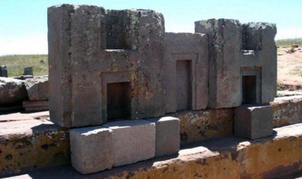 Los antiguos bloques de piedra