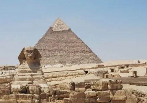 Her Em Akhet and Khephren pyramid