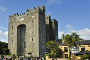 Ireland vacations Bunratty Castle