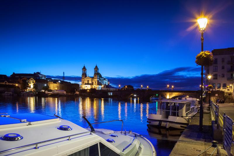 Tours of Ireland Athlone at Night