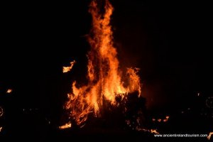 Tour of Ireland bonfire on Bealtaine at Uisneach