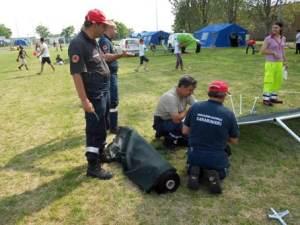Storie di volontari tra le macerie Sveglia alle 4 e lavoro estenuante