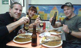 true Ecuadorian dinner, que riiiico!!!! cheers!