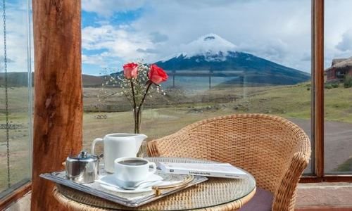 breakfast view cotopaxi lodge haciendas ecuador