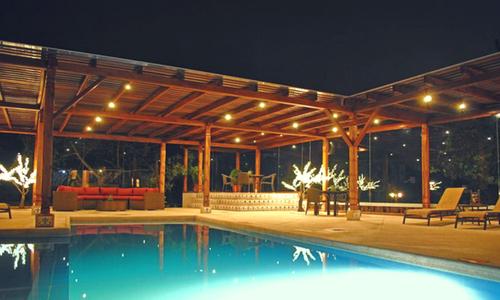 hosteria chorlavi pool ibarra photography tour Ecuador & Galapagos
