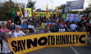 Protestors-Blockade-Hinkl-007
