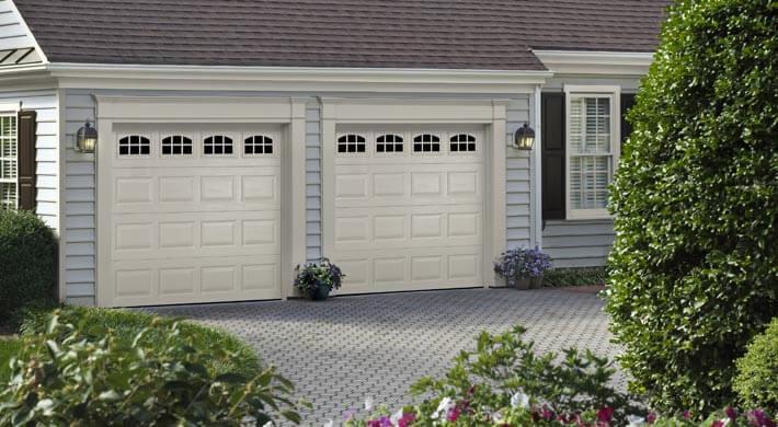 white garage doors in paradise utah