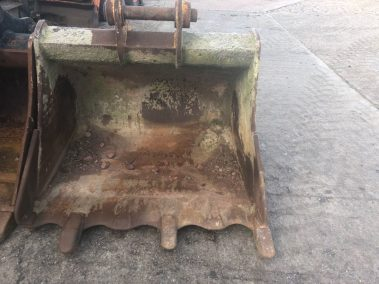 Excavator bucket 1.5m , 80mm pins