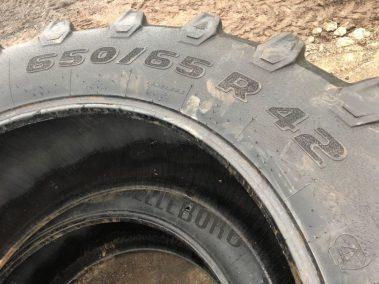 TRELLEBORG 650/65 R 42 casings ,