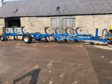 Overum CLX 7100H plough