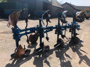 Lemken DlX110 plough
