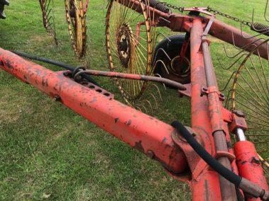Vicon Trailed acrobat , 6 wheel