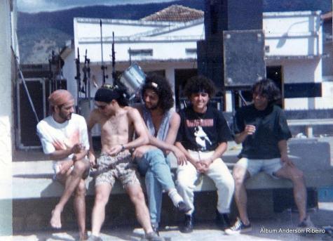 1991 - Urbi Et Orbi descontraída antes do show em Pequi/MG