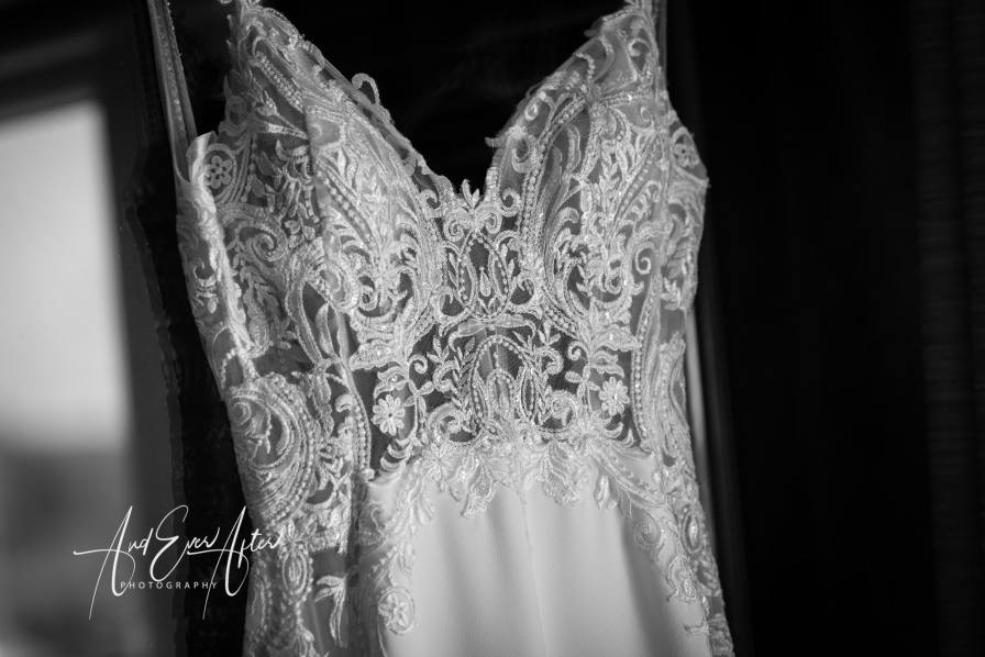 bride and groom, wedding dress,