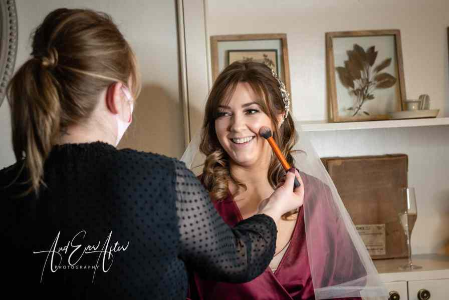bridal preparation at middleton lodge