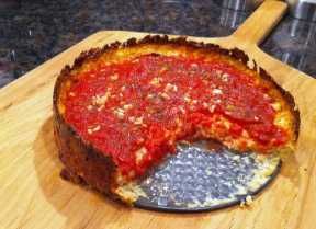 deep-dish-cauliflower-crusted-pizza-with-tomato-and-garlic