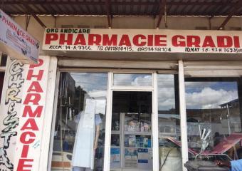 Pharmacie Gradi-1