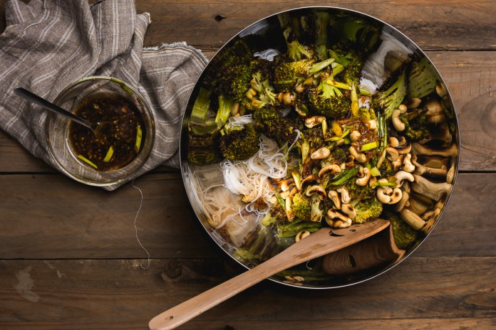 broccoli cu taitei de orez - urgo-6