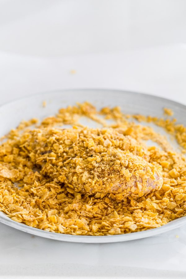 oven fried chicken recipe with crispy seasoned cornflake coating and