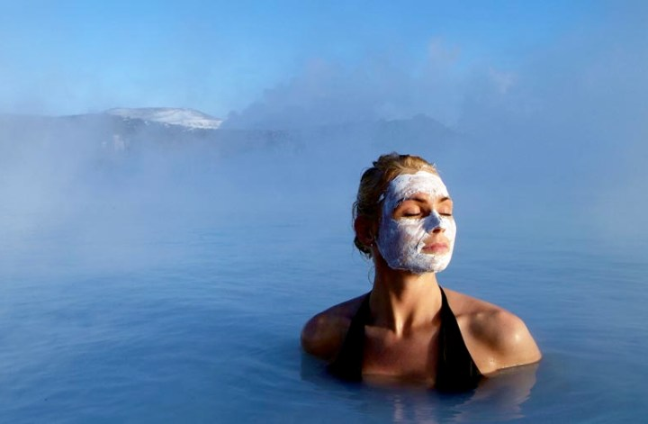 nordic beauty il nuovo trend skincare 2021, blue lagoon mask