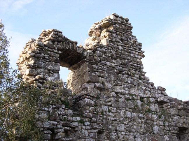 Castel-Peccio-01