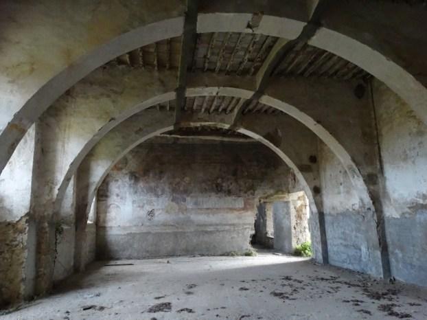 convento-abbandonato-15