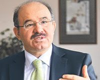 In Turchia, Hüseyin Celik mette in guardia contro lo stato profondo