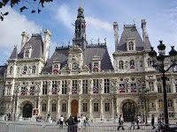 Anche il Municipio di Parigi ha la sua Menorah