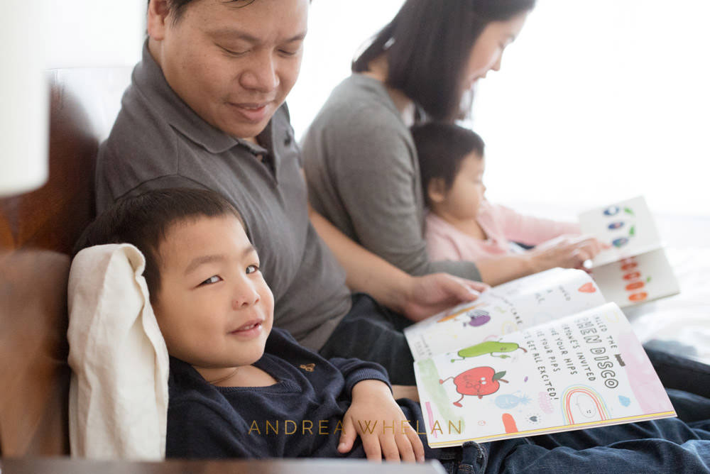 parents reading to children