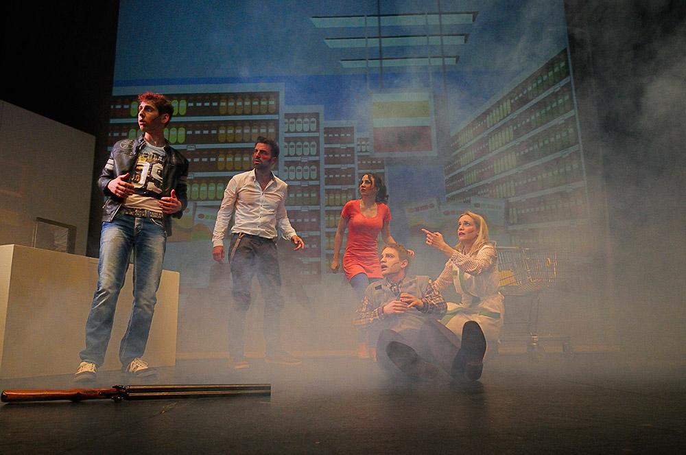 Maskenbildnerin | Theaterforum Schwechat