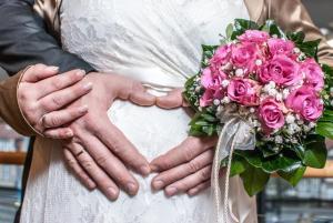 Hochzeit Schwanger mit Babybauch