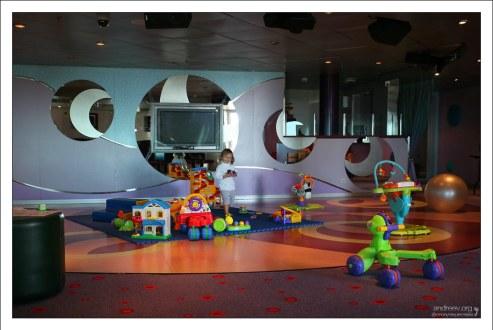 Игровая комната для детей до 3 лет.