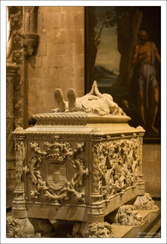 Гробница Васко да Гама. Монастырь Жеронимуш.