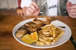 Дешевая, очень вкусная деревенская еда. Форелька еще плавала 20 минут назад.