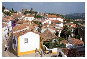 Вид на город с высоты крепостной стены.