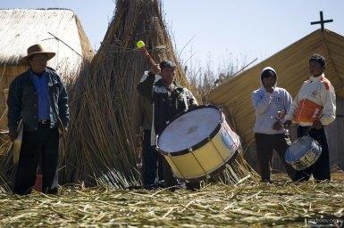 Свадебный оркестр из местных жителей.