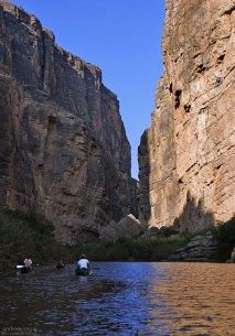 Сплав на каяках по Рио Гранде в каньоне Св. Елены.