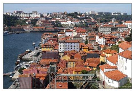 Рибейра — самый старый район Порту.